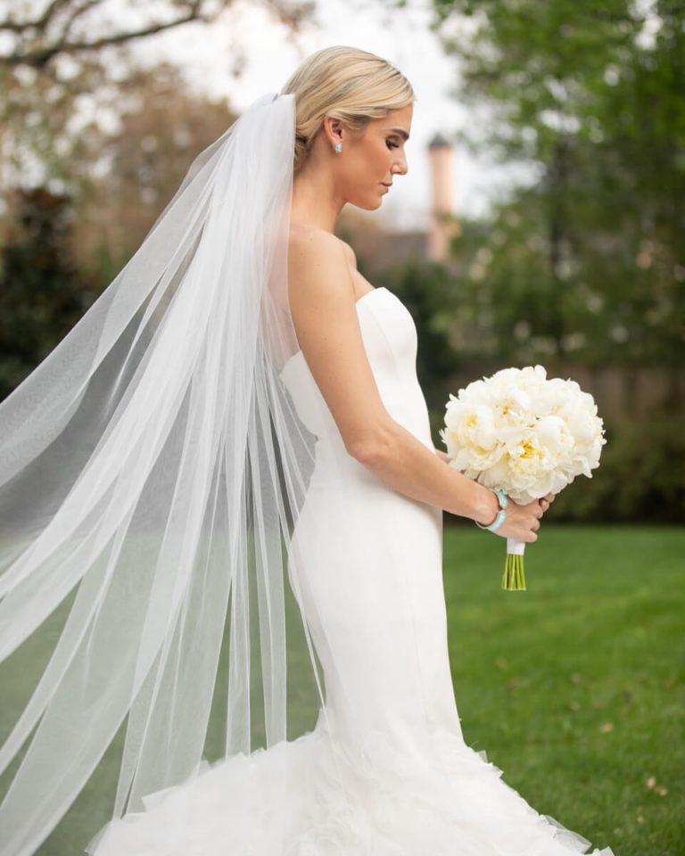 Hanna Fobare Bridals